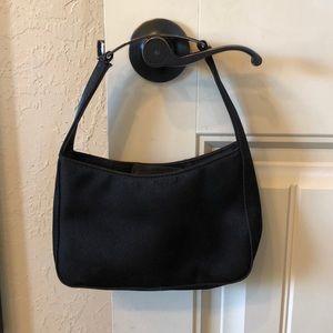 Reaction black purse